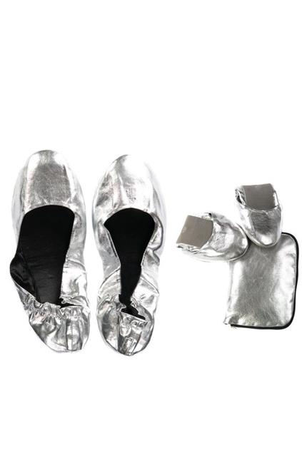 Fold shoe silv rs brand hero