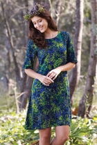 ROBBIE 3/4 Sleeve Shift Dress Leaf Cover