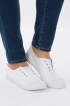 Wal eep  white1 2 small2