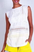 Boo dee t  white crop small2