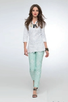 Boor s142214  white2 small2