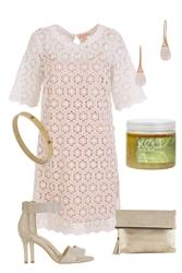 Daisy's Lace Dress