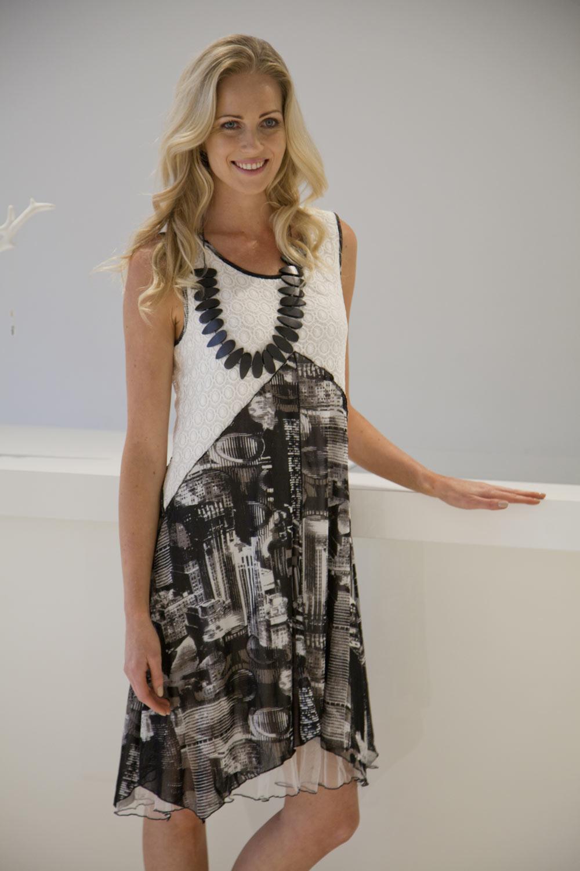Clarity By Threadz Street Scene Printed Dress