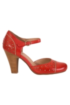 Miz nadia  red5 small2