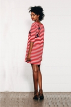 Stripeddress red small2