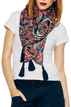 Scarf batik red cropped small2