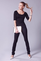 Skinny pants  black  3 4 sleeve top  black  hero extended small2