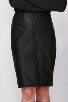 8297swfa roccoleatherskirt  black crop small2