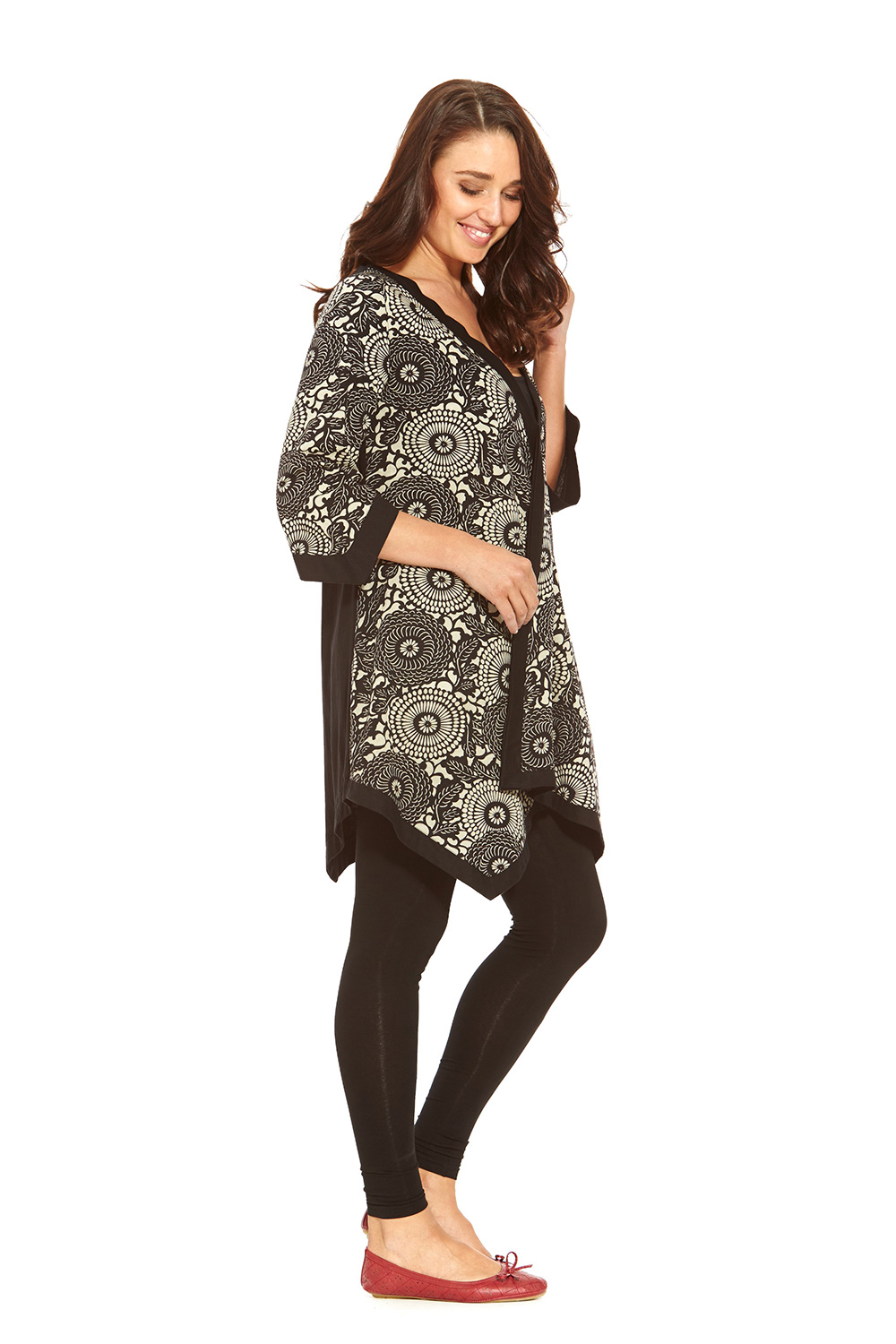 Long Sleeve Tunic. The ultra chic appeal of a long sleeve tunic never goes out of style. Effortlessly versatile, tunics can be belted or worn as they are for endless combinations in style! From printed tunic blouses to solid color V-necks, the possibilities for mixing and matching long sleeve tunics with different skirts, pants and shorts go on and on.