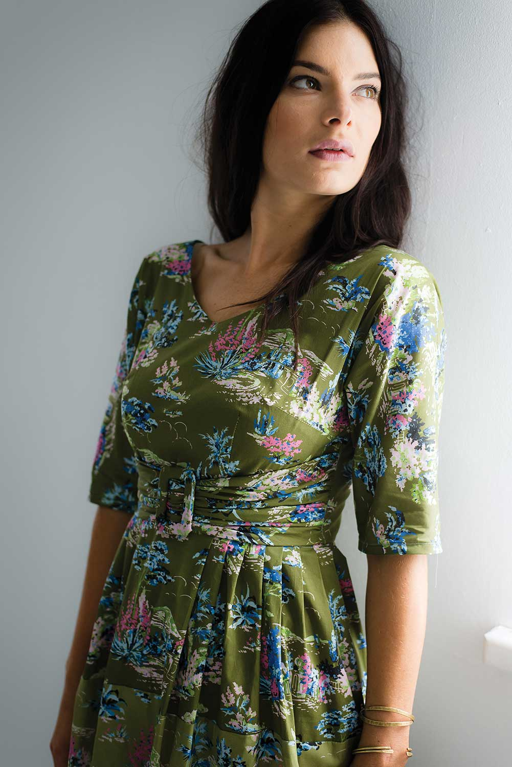 Olivia V Nk Dress AUD 149.00 AT vintagedancer.com