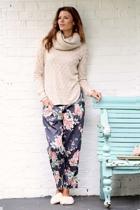 Portia grey pants 3 small2