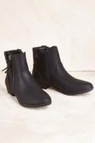 Inn ceecee  black small2