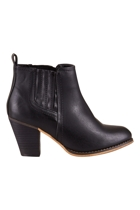 The cobden  black5 small2