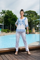 Jamini roy 9340 overblouse 6637 white pants feature small2