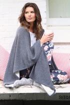 Cashmere cape 2 small2