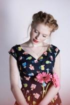 Emilyandfin aw16 florencedress 0127pc small2