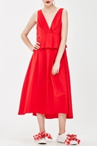 Lady in red nice to pleat you 12 small2